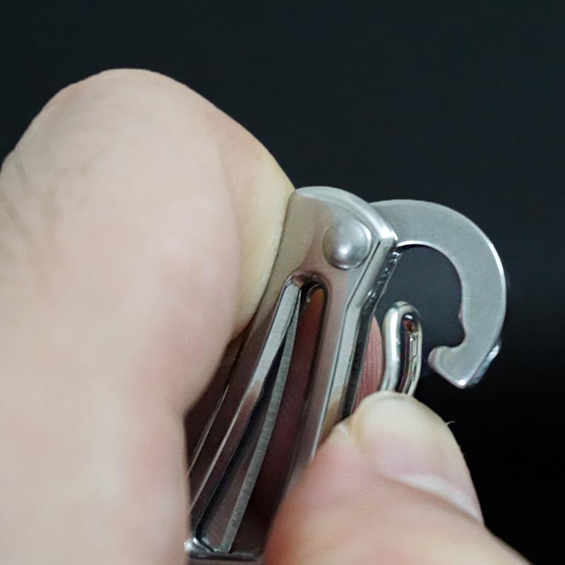不锈钢迷你小刃随身刃高硬度锋利折叠刃防身刃镂空钥匙扣小刃便携
