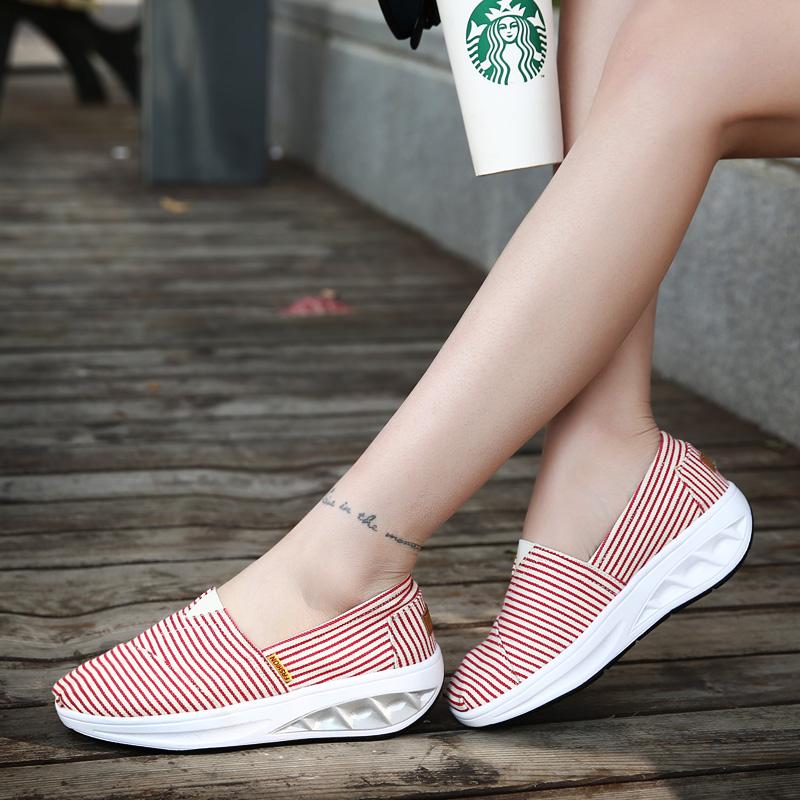 高檔吸汗透氣搖搖鞋 帆布鞋 女韓版 潮女鞋厚底休閒經典條紋布鞋