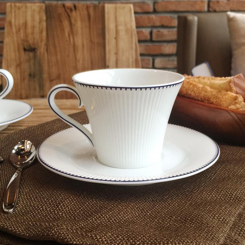 骨瓷创意咖啡杯套装欧式咖啡套具简约白色欧美陶瓷下午茶茶具整套