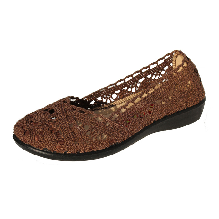 a6f825b1bc8a90 Buy Step xinyuan old beijing shoes women  39 s sandals soft bottom middle-aged  mother shoes sandals 35 yards clearance crochet in Cheap Price on  m.alibaba. ...