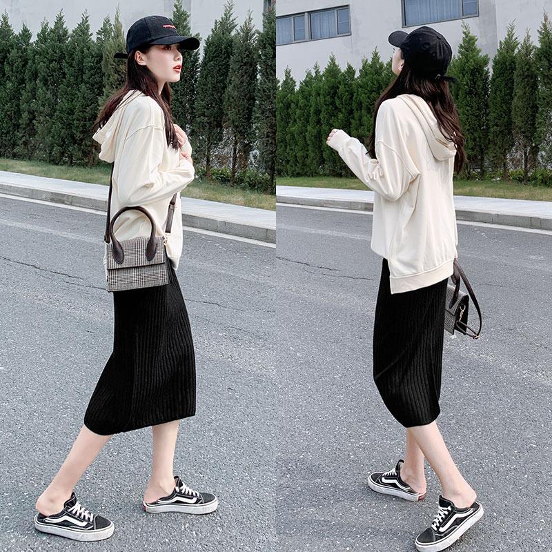 针织半身裙女2020新款毛线中长款春秋冬季直筒显瘦包臀黑色冬裙子