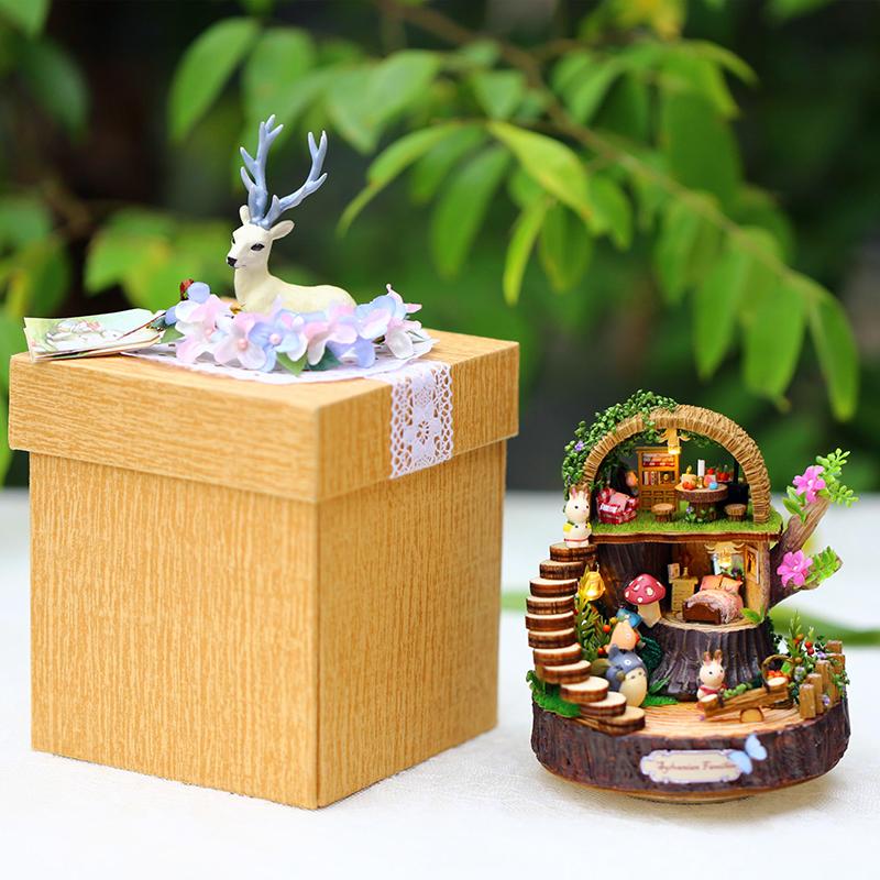 木质旋转龙猫音乐盒八音盒女生生日天空之城创意结婚礼物diy手工