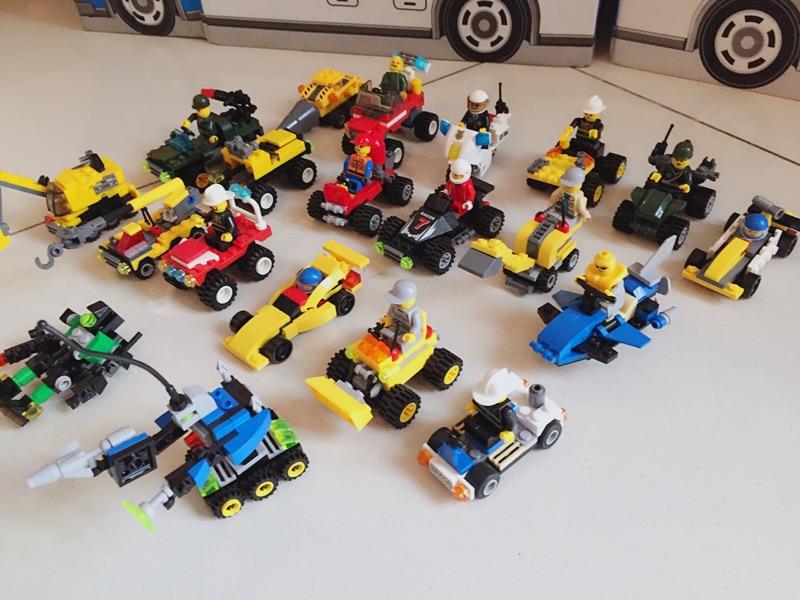 儿童拼装积木益智玩具组装汽车飞机幼儿园生日礼物男孩6-8-9周岁