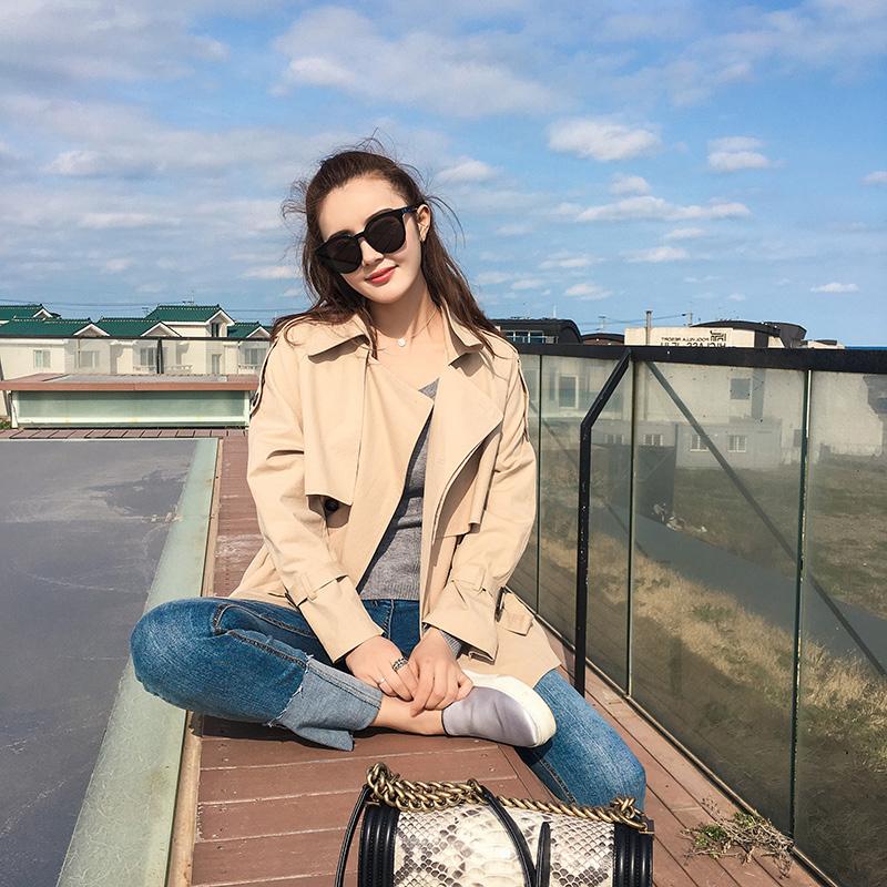 流行春装新款韩版学生小个子薄款网红卡其色短外套 2019 风衣女短款