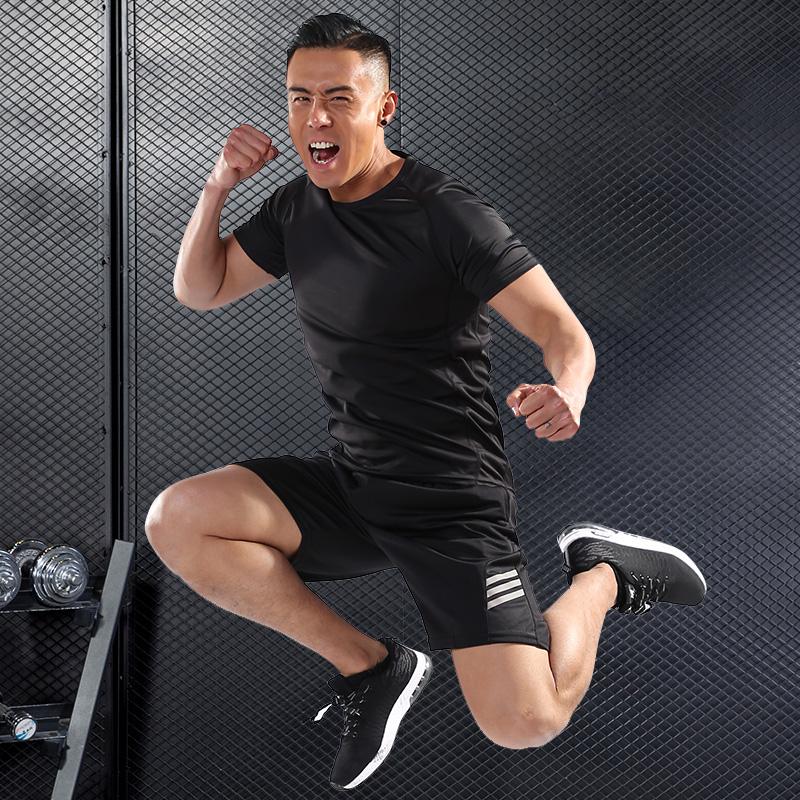 运动套装男士跑步健身房训练服夏季短袖短裤骑行速干透气休闲服装