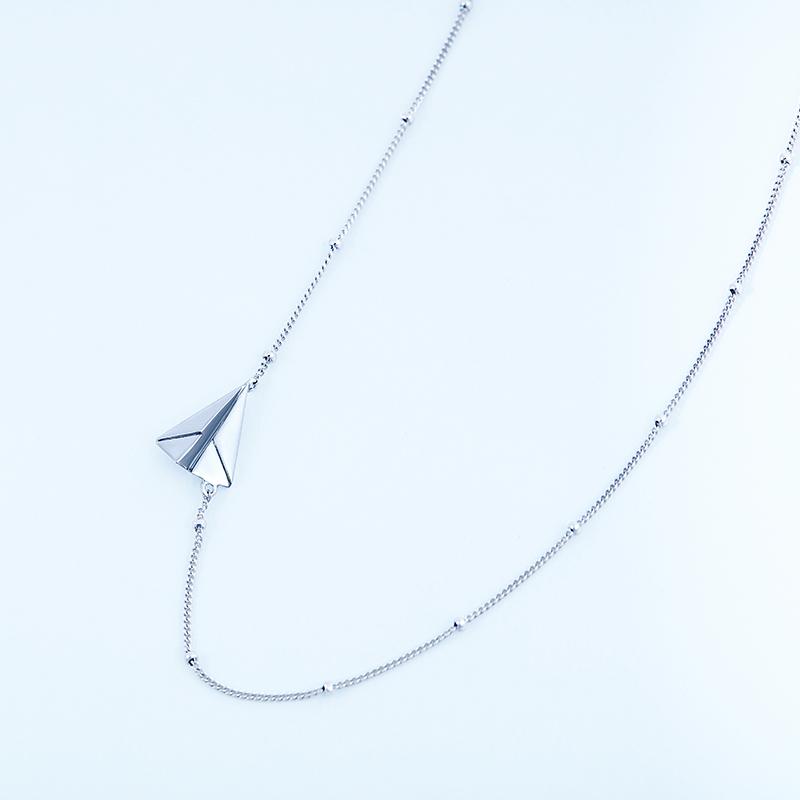 银镀铂金时尚生日原创个姓礼物 925 谙诗纸飞机锁骨项链坠简约 angs