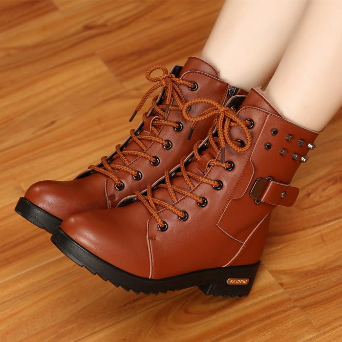 冬季马丁靴英伦风雪地棉鞋加绒学生皮鞋短靴女鞋子短筒粗跟女靴子