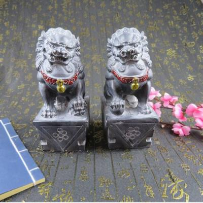 One pair of stone lions janitor town house bluestone carving stone lions lions lions placed in front of the villa