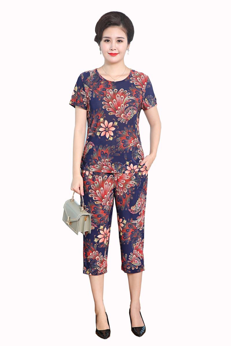 岁中老年妇女装 60 30 分裤套装女 7 恤上衣 T 中年妈妈夏季女装两件套