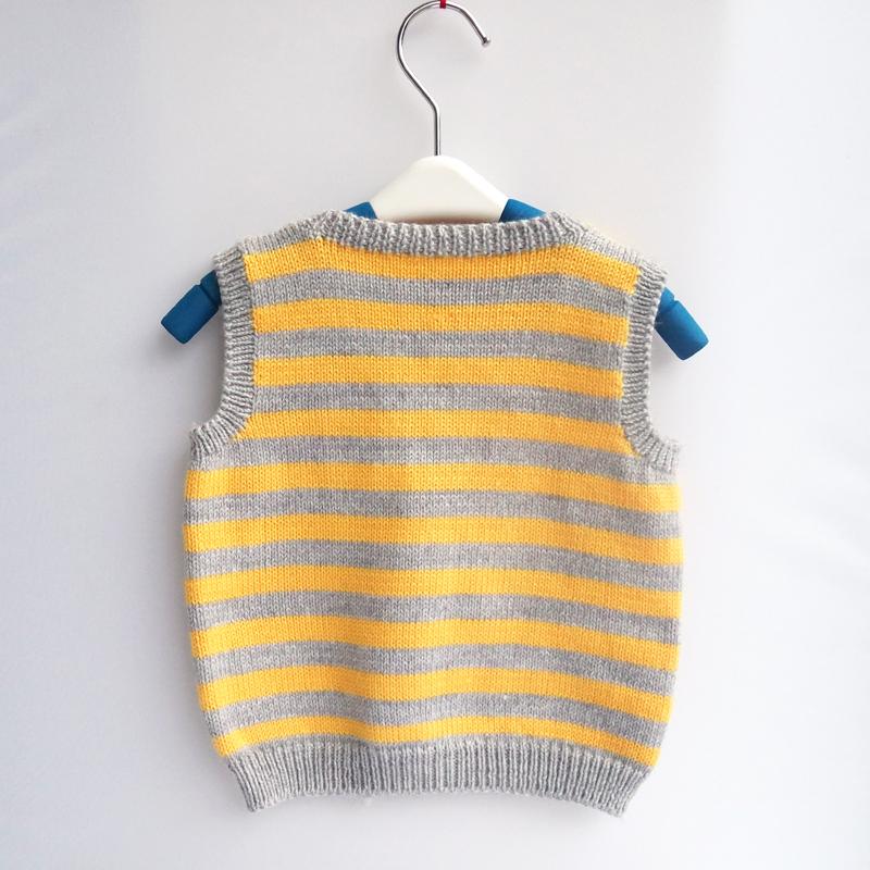 新品~手工编织V领儿童毛衣背心 马甲 小鸭子条纹开衫背心毛线衣