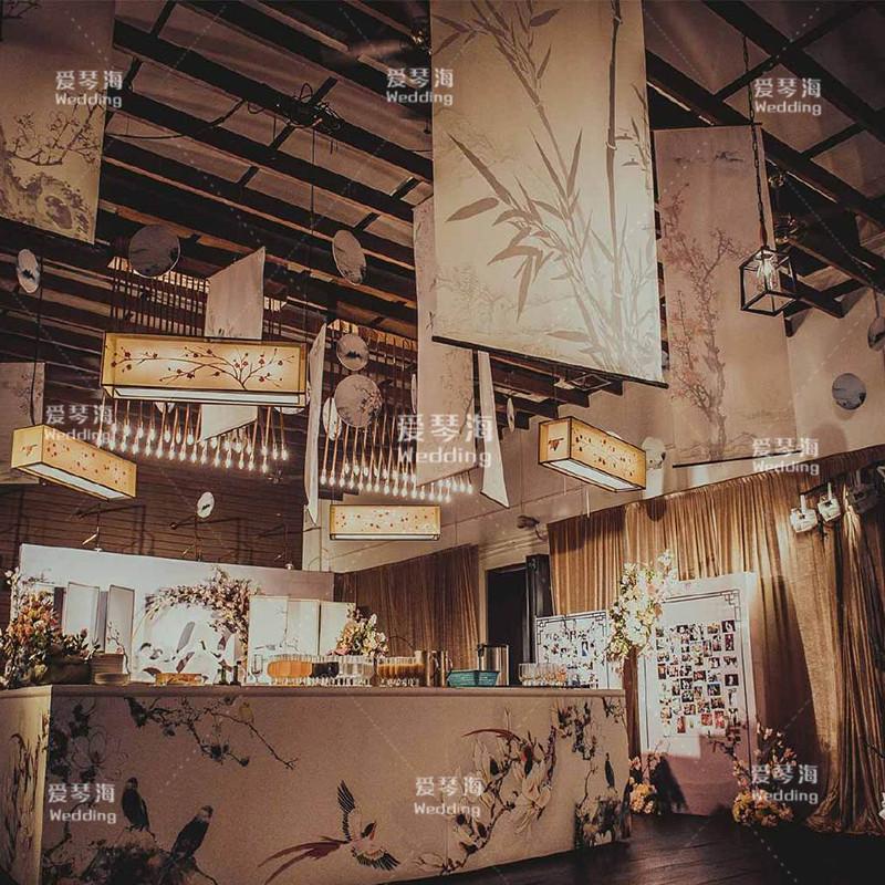 包郵新中式婚禮道具卷軸畫古典飄頂水墨畫江南山古風婚慶吊頂掛畫