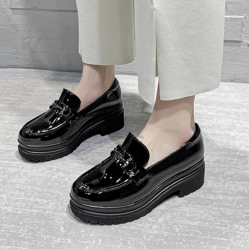 真皮乐福鞋女2021新款英伦风皮鞋粗跟高跟厚底透气软皮单鞋女漆皮主图