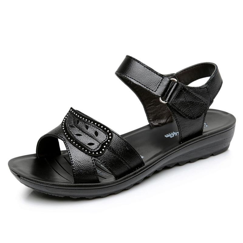 2019妈妈凉鞋女夏真皮奶奶鞋平底中老年女鞋软底防滑中年老人凉鞋