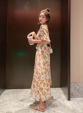 碎花连衣裙2021新款女夏季v领长款过膝设计感小众短袖雪纺裙子潮
