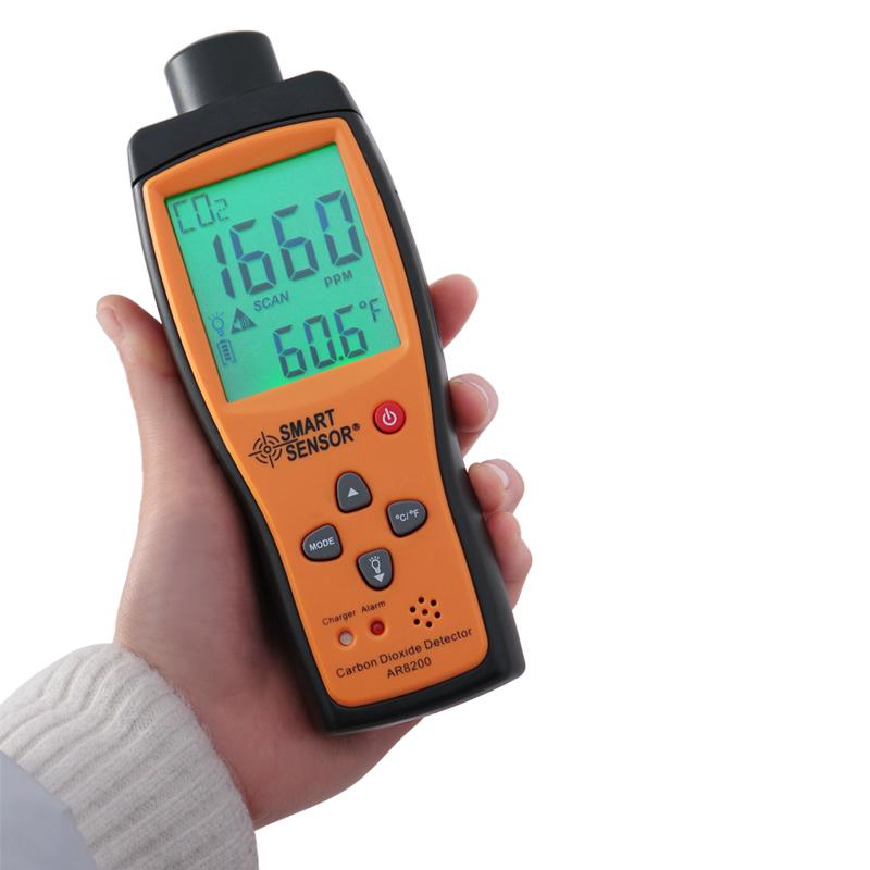 手持式工业二氧化碳检测仪 便携式CO2浓度测试仪含量测定器AR8200