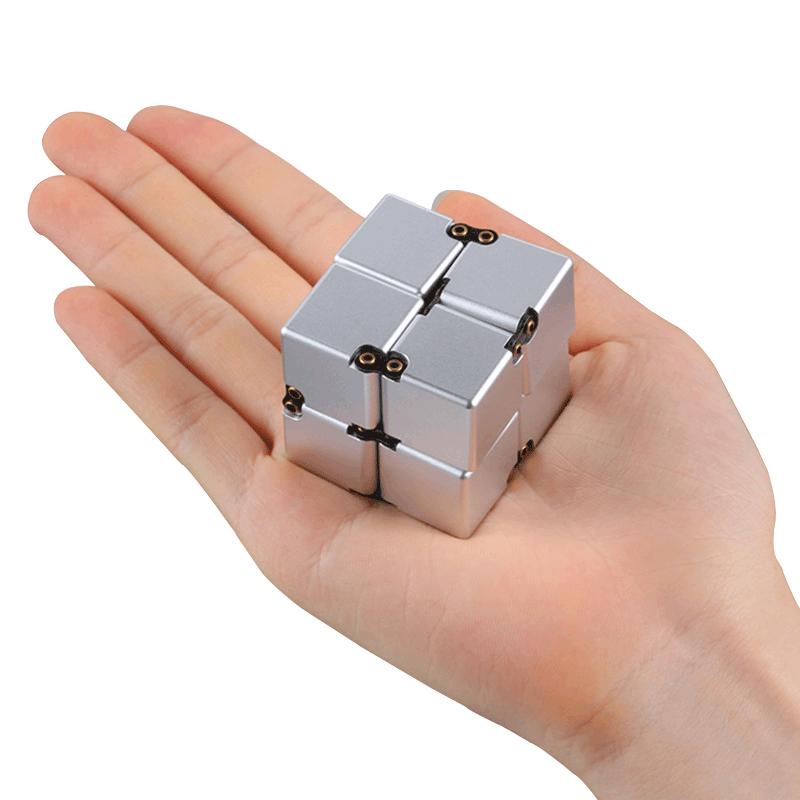 美国无限魔方铝合金方块减压神器手指解压上课可以玩的玩具 迷你