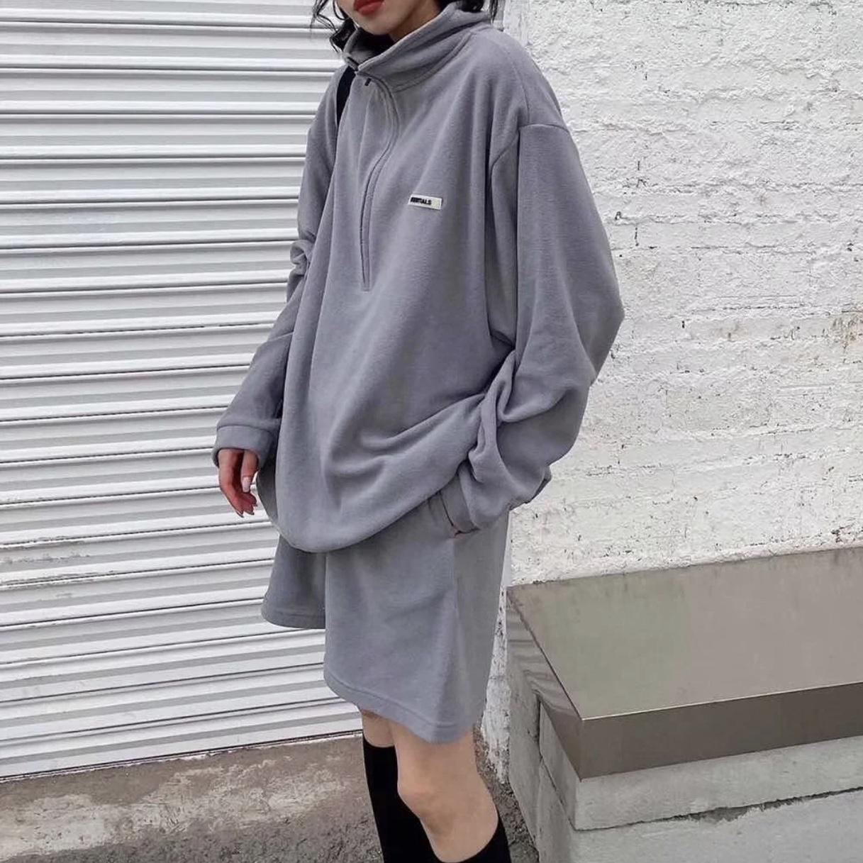 潮牌皮标字母男女宽松高街休闲抽绳摇粒绒短裤 复线  FOG Essentials