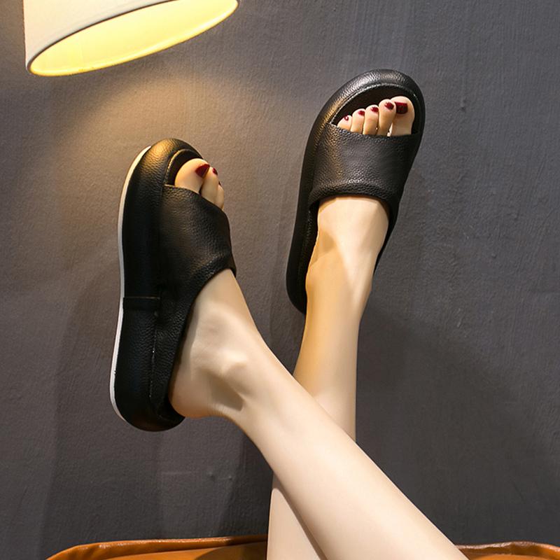 欧洲站女鞋2020新款拖鞋女厚底时尚松糕露趾网红凉拖女外穿可湿水