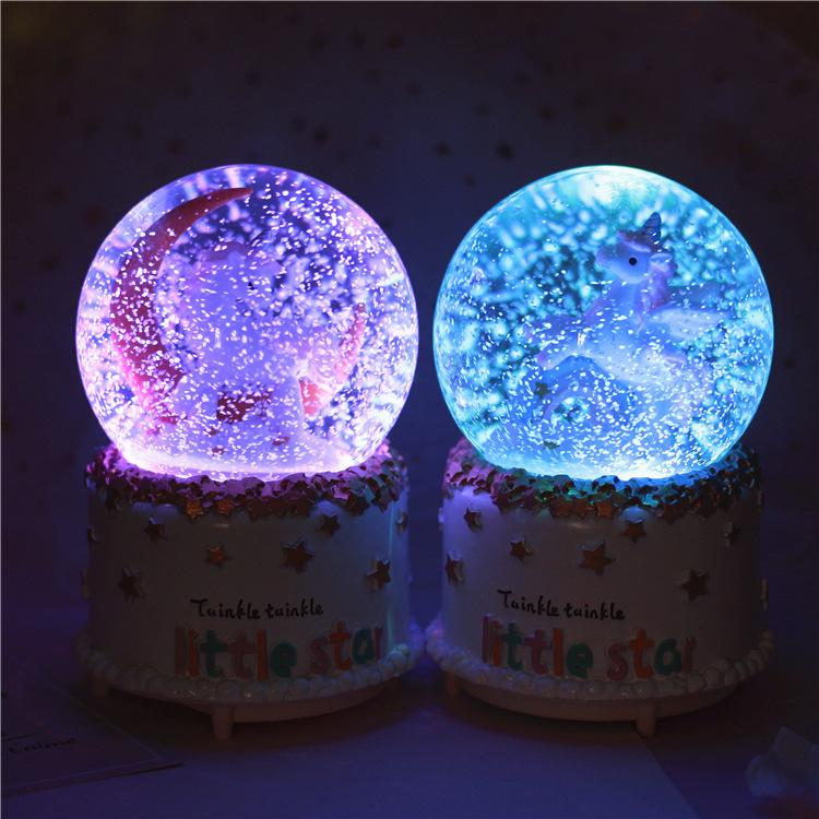 创意生日礼物 diy 水晶球音乐盒八音盒送女生闺蜜旋转木马天空之城
