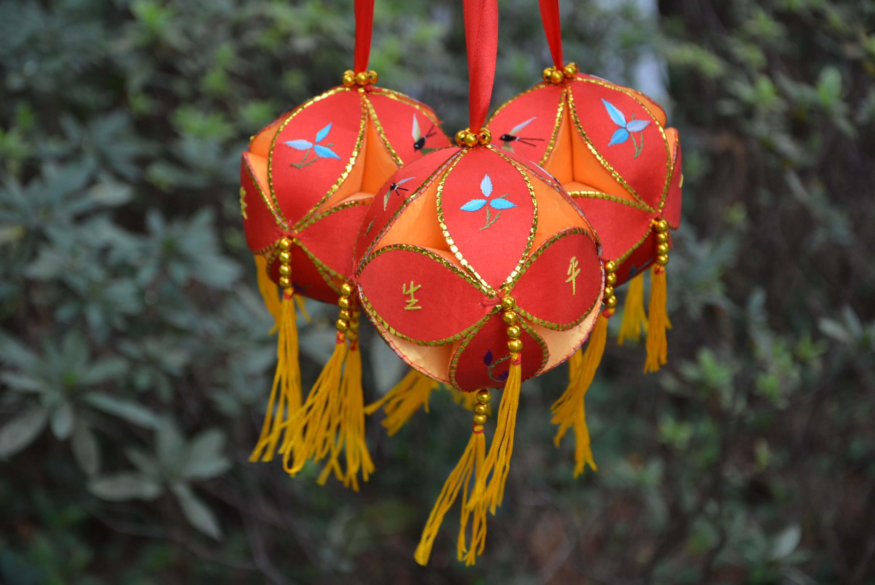 广西壮族民族手工绣球厂 高档 民族绣球、4CM、6CM、8CM10CM