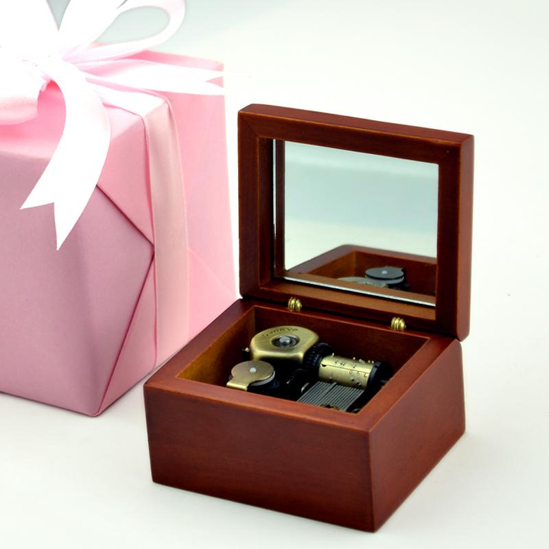 创意生日七夕情人节礼物送女友 刻字木质音乐盒八音盒天空之城 diy