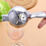 Pressure clip Lemon Lemon juice squeezer juicer manually squeezed lemon juice squeezer of stainless steel is
