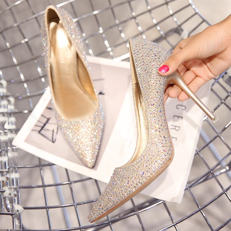 春夏新款婚鞋女水钻尖头高跟鞋细跟金色公主婚纱新娘银色单鞋 2018
