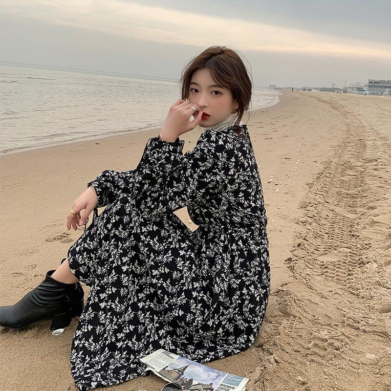 【胡楚靓 萤火之森】2021秋装韩国绉小碎花裙小个子法式连衣裙女