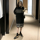 Maternity autumn and winter sweater skirt Korean version of the loose loose was thin retro pattern in the long section fashion tide mom dress