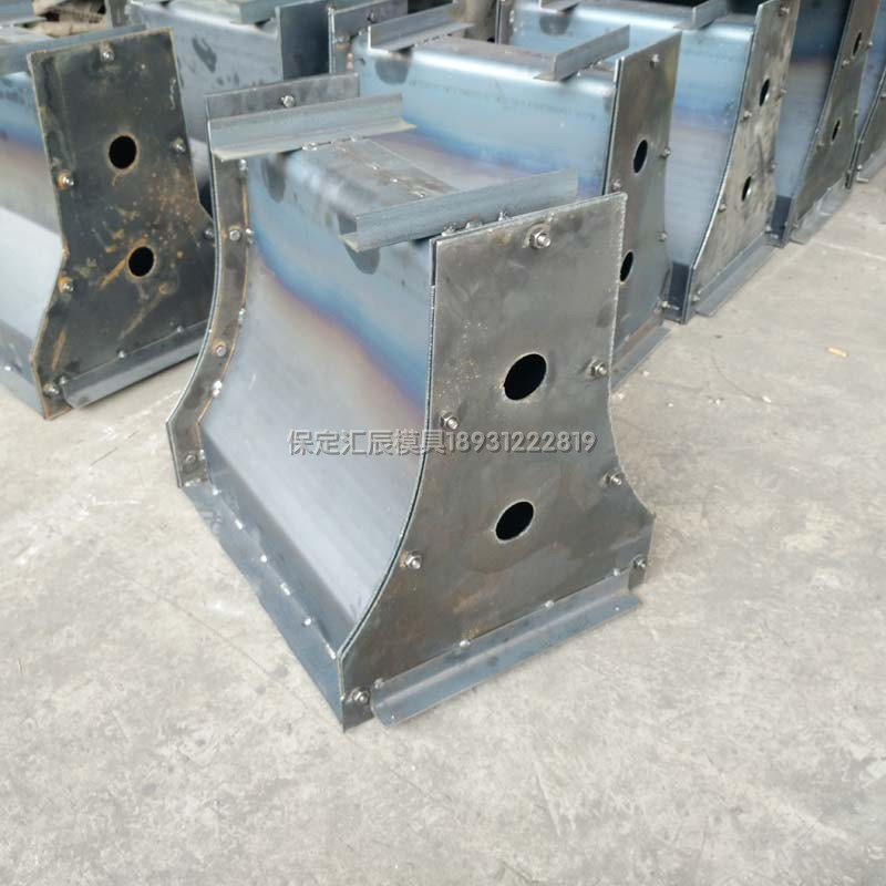 特价混泥土水泥墩子小区物业隔离墩钢模板防撞块护栏模具可定制