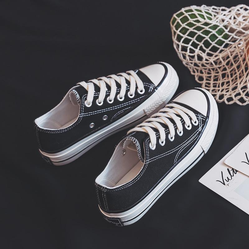 ulzzang 超火韩版学生原宿 ins 新款黑色板鞋百搭 2018 帆布鞋女 1970s