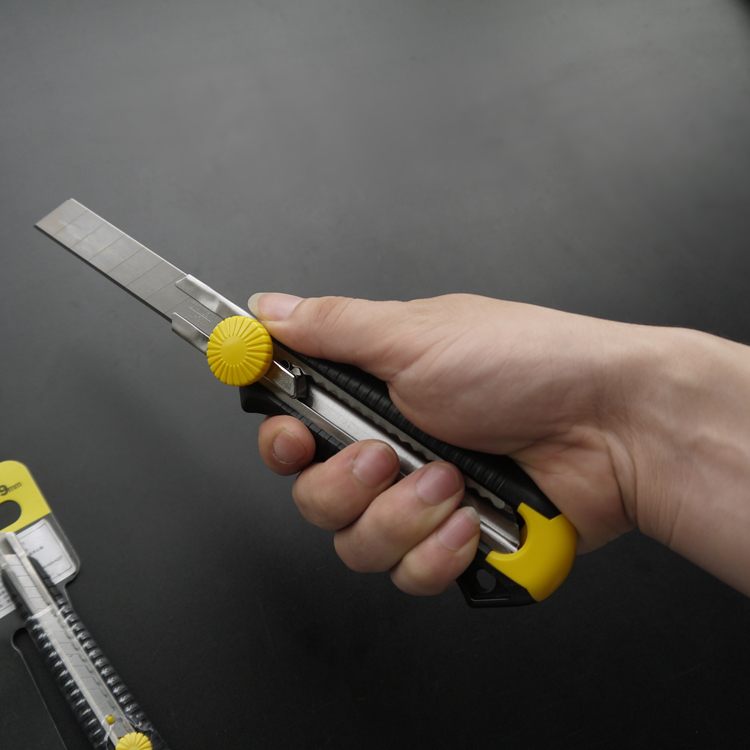STANLEY/史丹利旋钮美工刀10-409-22  10-418-22工业美工刀 割刀