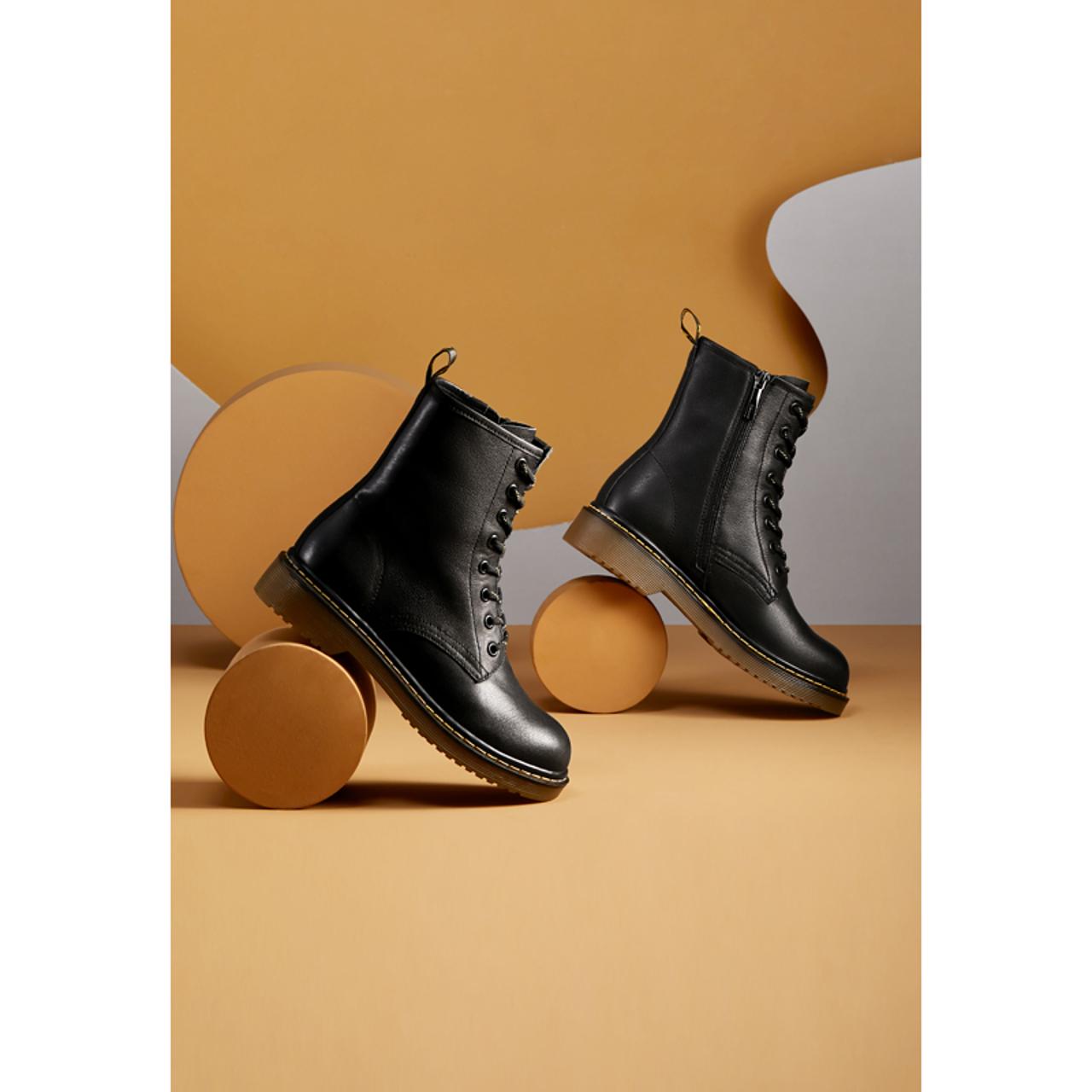 酷 ins 秋季新款马丁靴女鞋百搭英伦风真皮厚底小短靴潮 2020 千百度