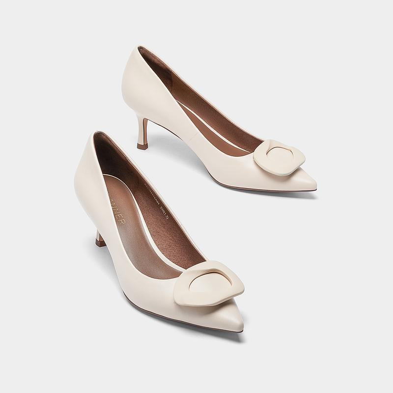 春夏新款白色淑女风尖头牛皮高跟鞋通勤鞋 2021 千百度女鞋细跟单鞋