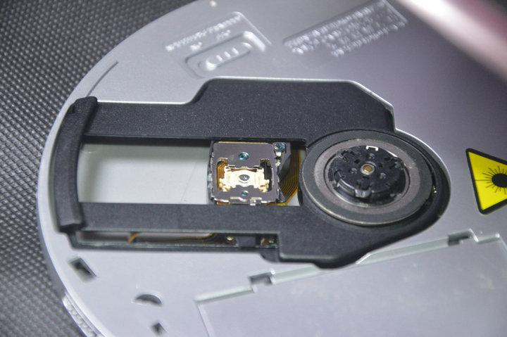 雷登正品超薄CD随身听CD机 随身听 CD播放机 支持英语光盘胎教