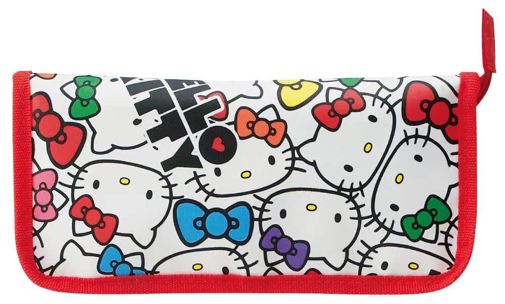 日本現貨 hello kitty 輔食夾子勺子收納包