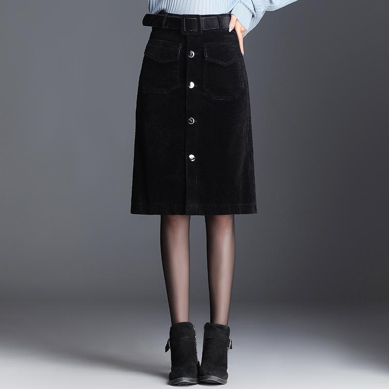 灯芯绒半身裙女中长款包臀2019秋冬新款裙子a字一步条绒黑色半裙