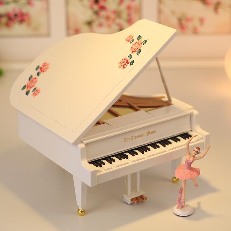 跳舞芭蕾舞女孩钢琴音乐盒八音盒旋转创意儿童生日礼物送女生闺蜜