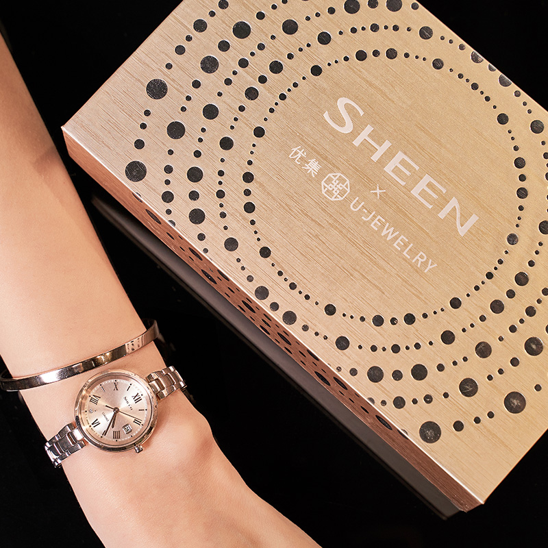 风表礼盒 卡西欧手表女蓝宝石光能钢带蜜桃金小巧手表女 ins SHSD200