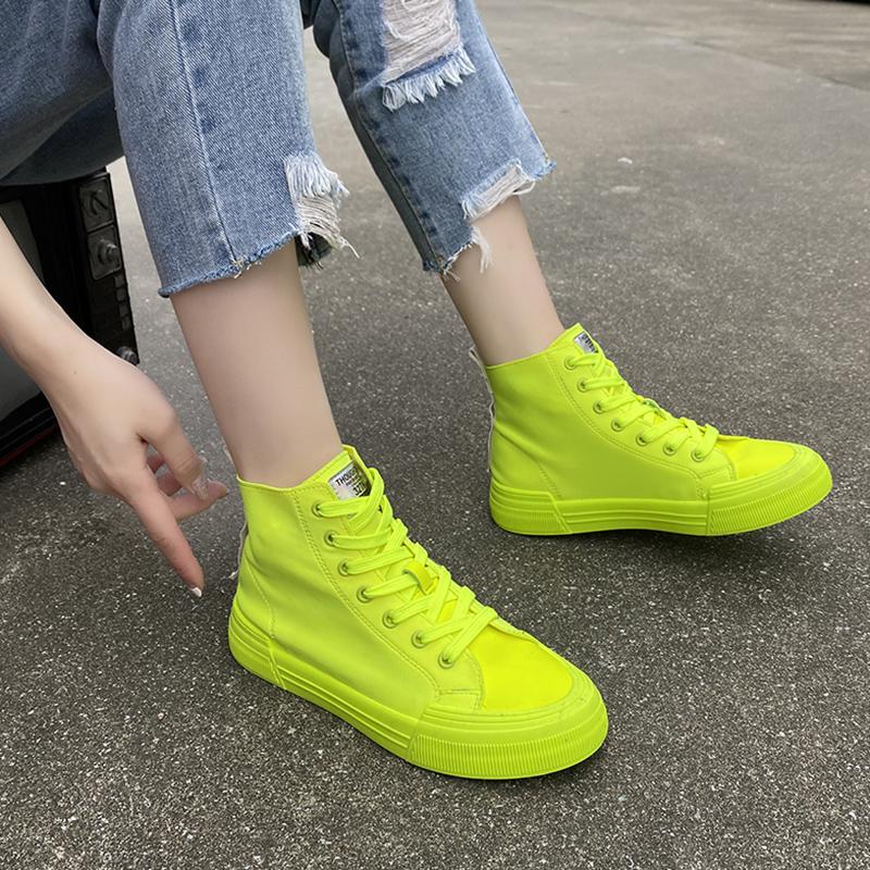 玫红帆布鞋女夏季薄款2021新款糖果紫色平底运动休闲荧光绿高帮鞋