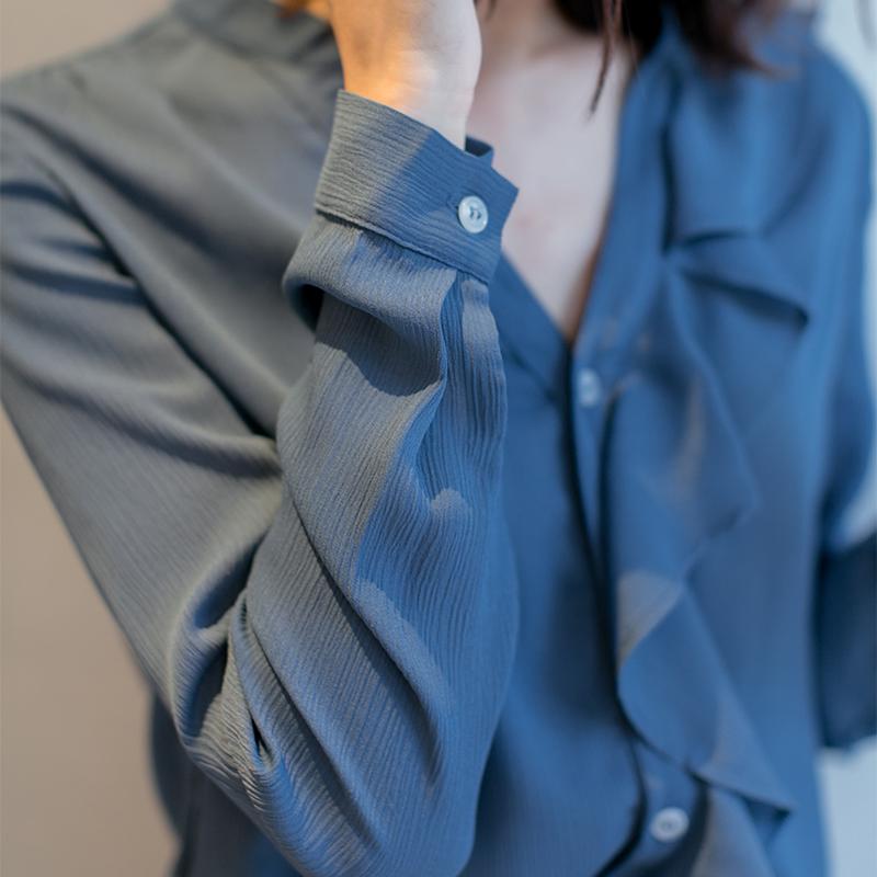 蓝色雪纺衬衫女春秋2021设计感小众上衣v领长袖洋气气质高端衬衣主图