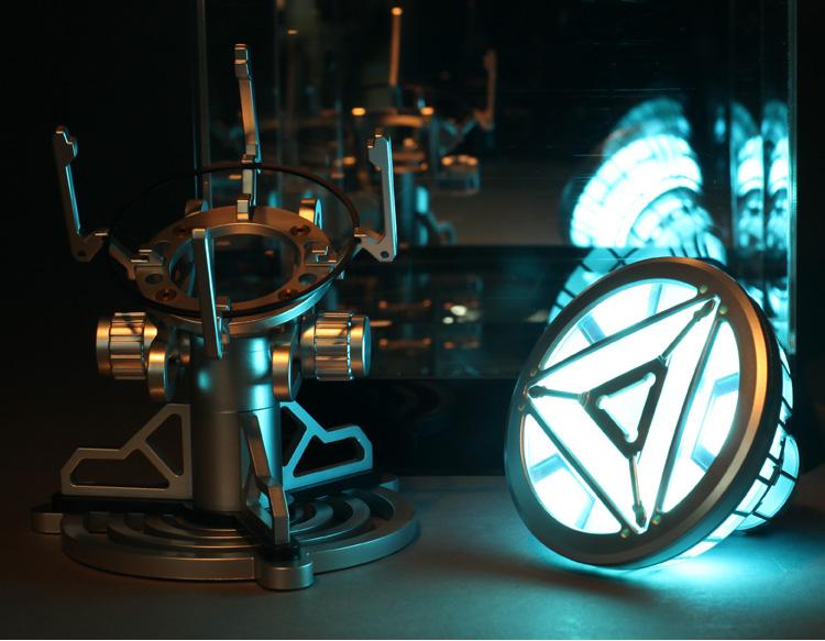 漫威迷推荐反应炉胸灯桌面酷摆设 钢铁侠周边产品反应堆小夜灯