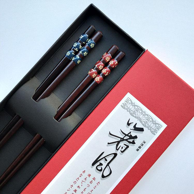 包郵新款婚慶工藝指甲筷兩雙禮盒裝情侶筷子紅木筷家庭兩色夫妻筷