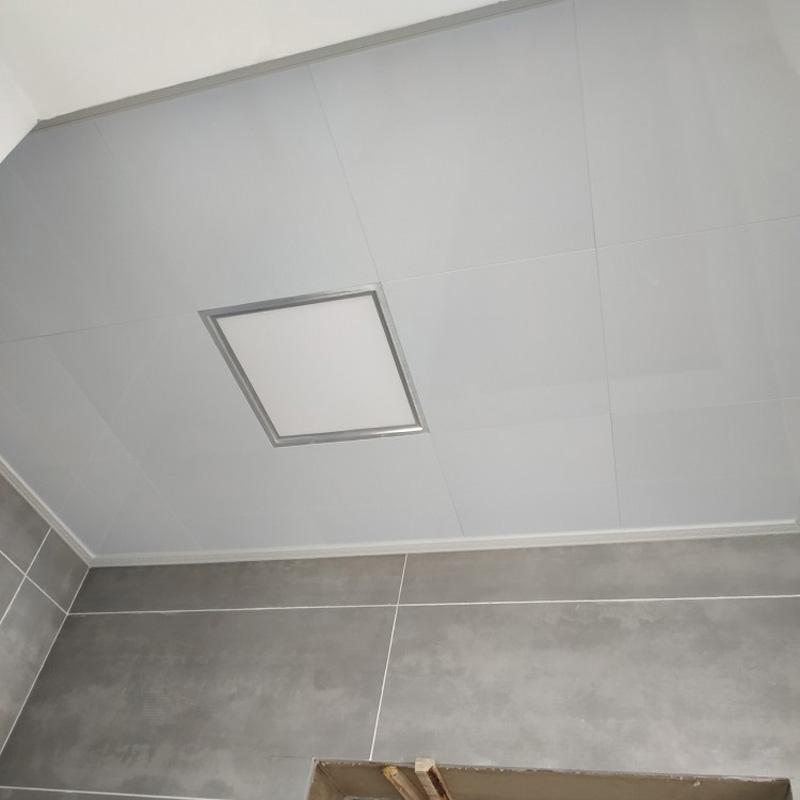 银灰色铝天花板厨房卫生间吊顶 30 30 纯白 300X600 集成吊顶铝扣板