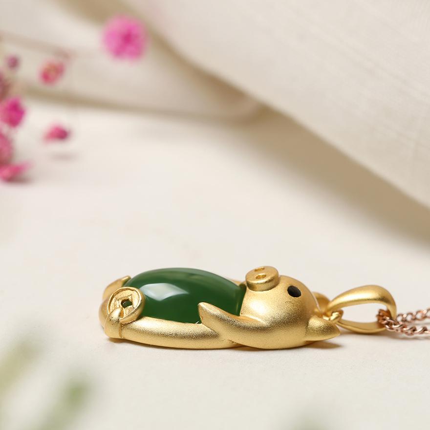 银镶嵌和田玉碧玉蛋面招财生肖猪男女吊坠 925 石美珠宝礼物