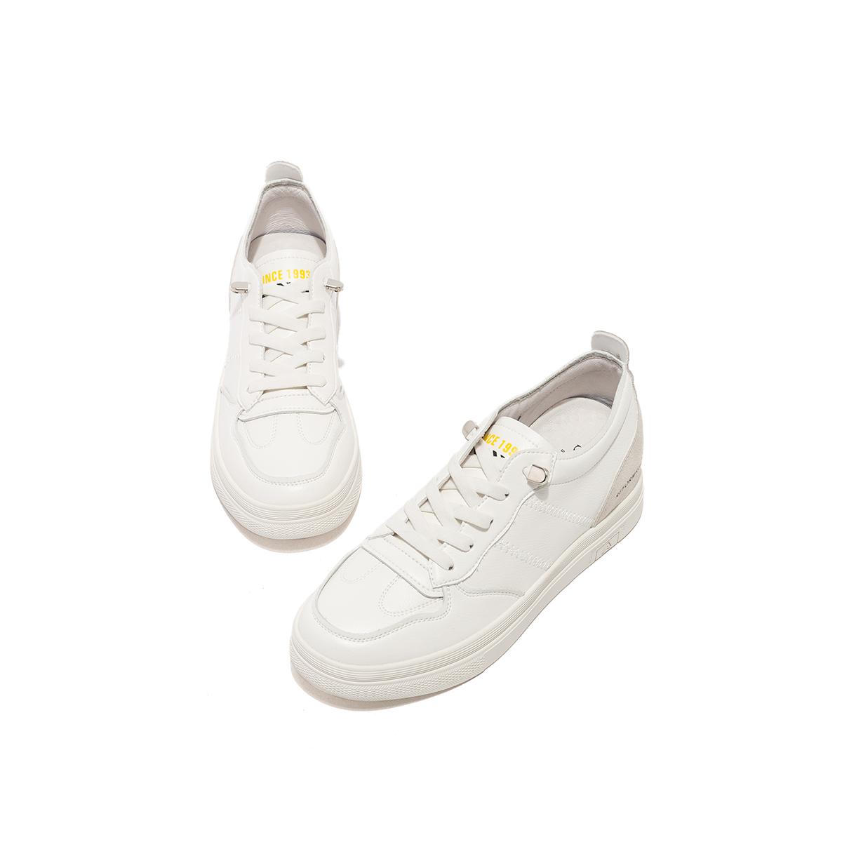 SS01112370 秋季新款圆头拼色休闲板鞋商场同款小白鞋 2020 星期六