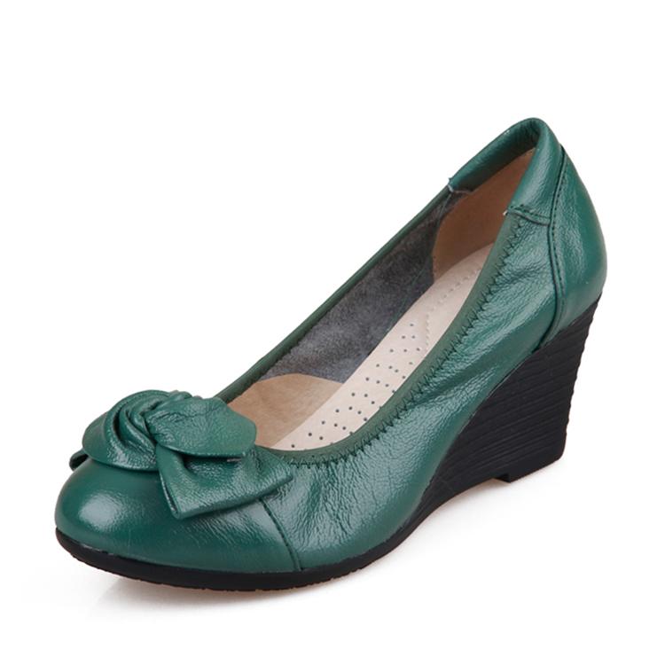 真皮春季淺口女士高跟鞋坡跟中年女鞋34碼綠色皮鞋蝴蝶結媽媽鞋子