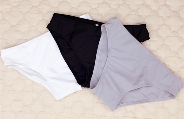 特價女游泳衣褲頭搭配泳裝 三角褲頭黑色 白色 沙灘褲頭 打底褲頭