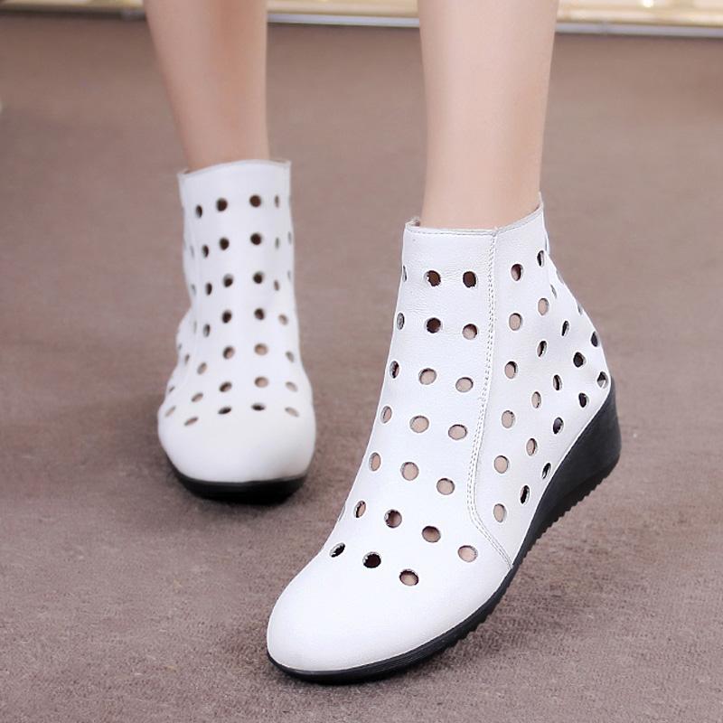 单靴春秋短靴平底中跟百搭休闲女鞋坡跟马丁靴夏女靴镂空洞洞靴子