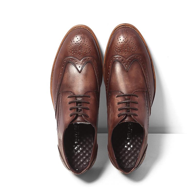 男士休闲皮鞋男潮流正装皮鞋真皮布洛克雕花男鞋英伦复古尖头婚鞋